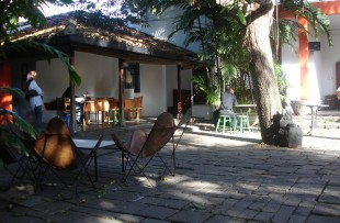 BAREFOOT GALLERY AND CAFE, COLOMBO